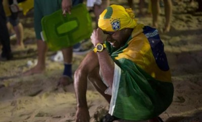brazilian_fan_after_loss_fifa_world_cup_E1